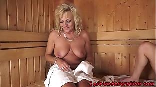 Pussylicked mature women masturbating