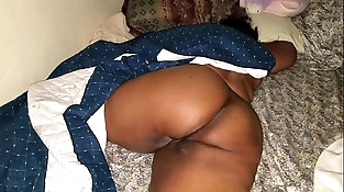 SLEEPING BIG BUTT Mummy WAKES UP TO A HARD COCK AND A THICK CREAMPIE