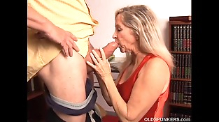 Beautiful mature blonde has a very sexy assets and is a hot fuck