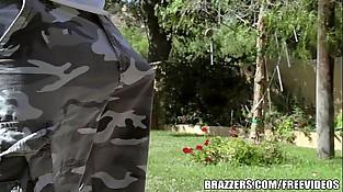 Brazzers - Big-titted honey August Taylor sucks shaft