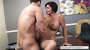 Sexy brunette mummy Shay Fox gives head