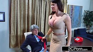 Donald'_s Wife Melonia Taking Big Bill'_s Shaft in the White House - Eva Karera
