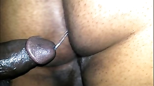 BLACK BUBBLE BUTT GETS POUNDED AND CREAMED DEEP Inwards