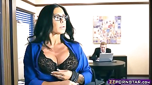 Buxomy latina MILF fucks the bank clerk to get a loan