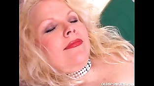 Super cute chubby old spunker fucks her fat delicious beaver for you