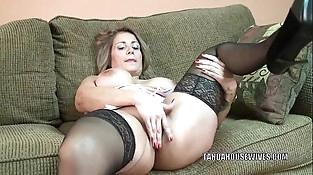 Mature hoe Sandie Marquez plays with her Latina vagina