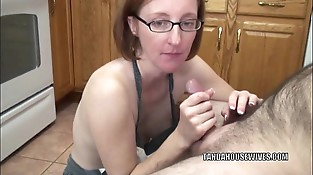 Mature fuckslut Layla Redd is on her knees to suck a dick