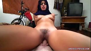 Muslim woman fucks hard.